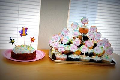 Smash cake and 2 dozen cupcakes