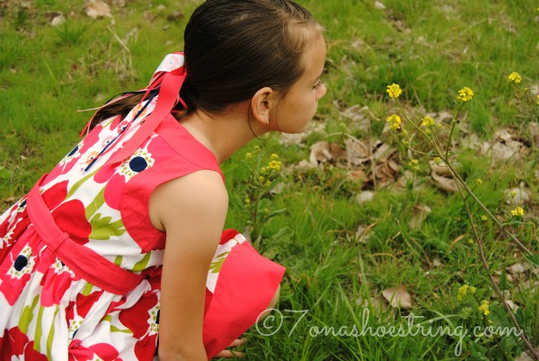 spring flower scavenger hunt