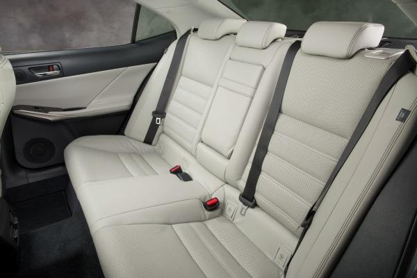 2014 Lexus IS 350 tether