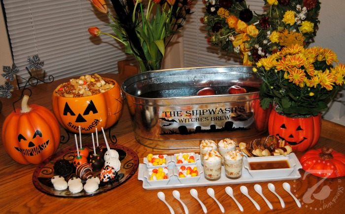 Personalized Decor and Festive Food at our Halloween Hangout