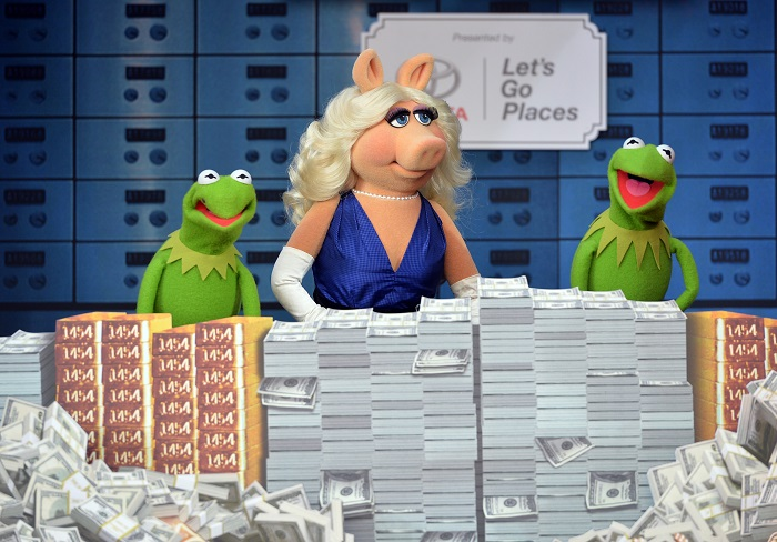 Easy Being Green? Talking w/ Kermit, Miss Piggy & Constantine
