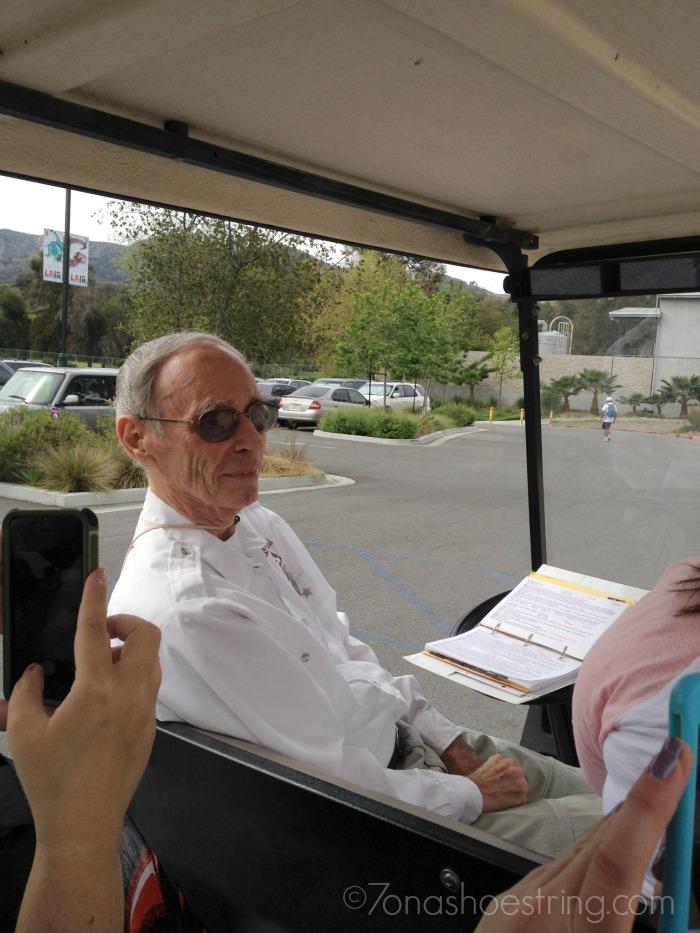 LA Zoo tour guide
