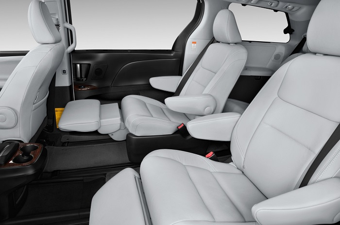 2015 Toyota Sienna LTD interior