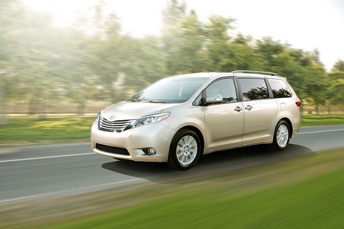 """Step Inside the 2015 Toyota Sienna """"Swagger Wagon"""""""