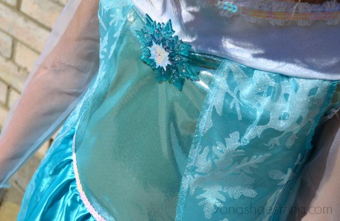 Frozen Elsa costume details