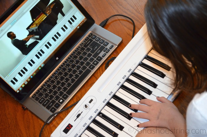 interactive music lessons for piano