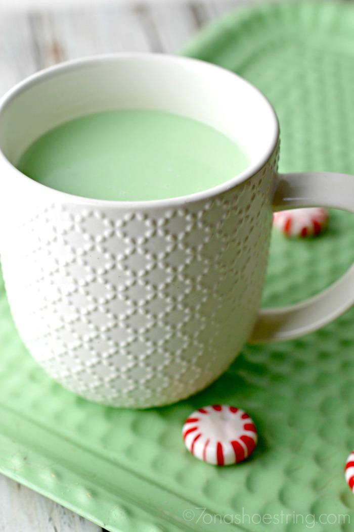 peppermint hot chocolate mint green