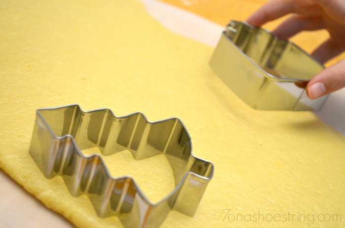 roll out cookie dough for cutters