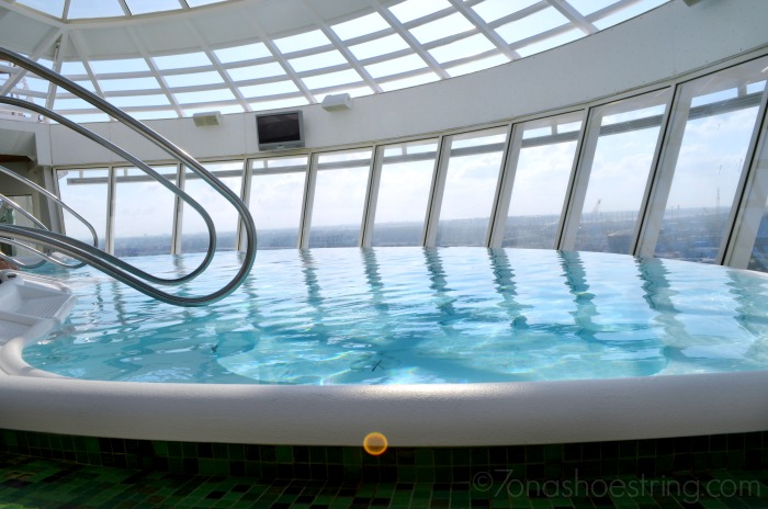 Infinity Hot Tub - Royal Caribbean