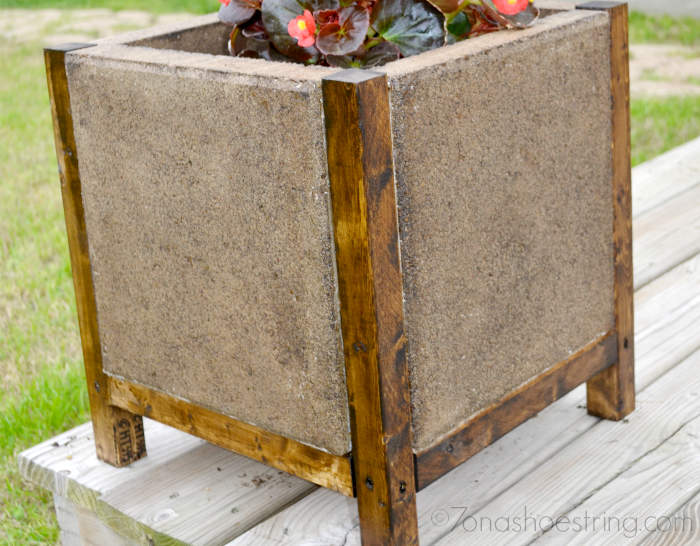 Easy DIY Concrete Paver Planter The Home Depot