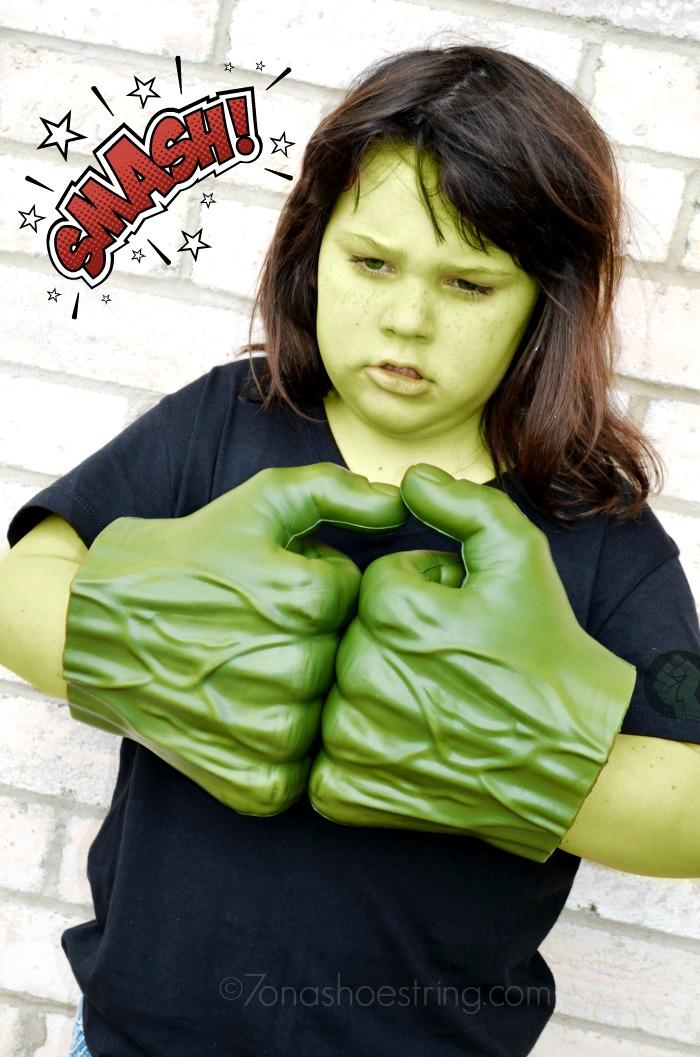 Hasbro Hulk Gamma Grip Fists
