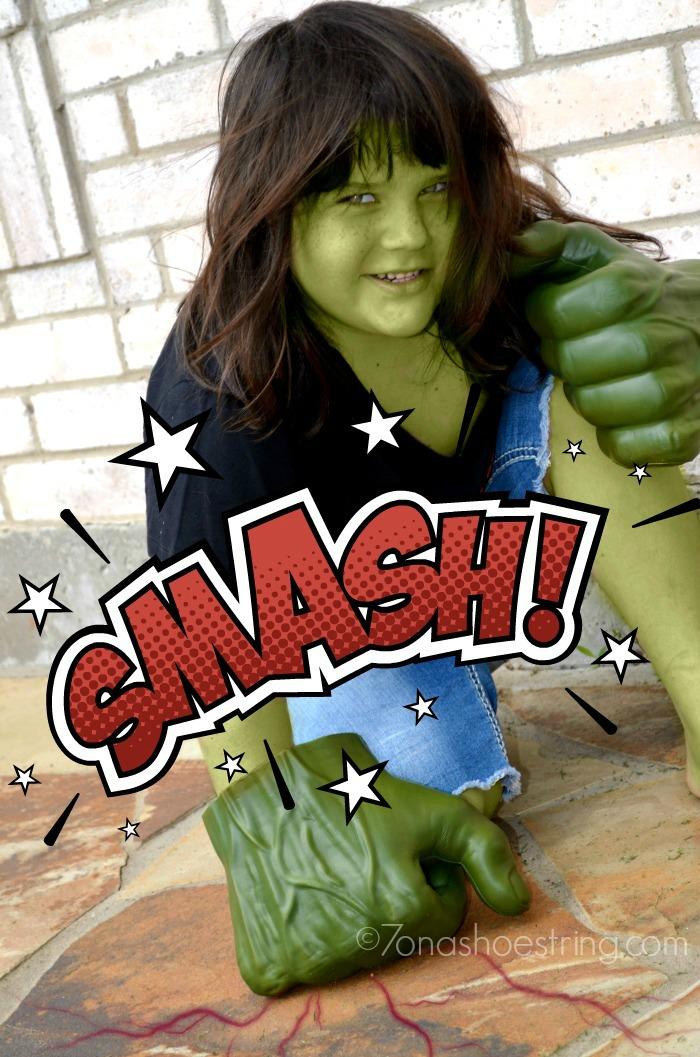 Hasbro Hulk smash fists