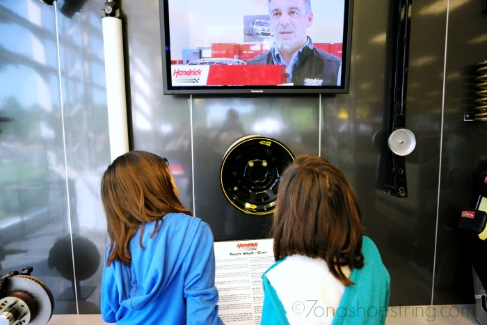 Tech Wall - Gear at Hendrick Motorsports