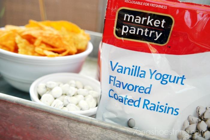 Market Pantry Yogurt Flavored Raisins