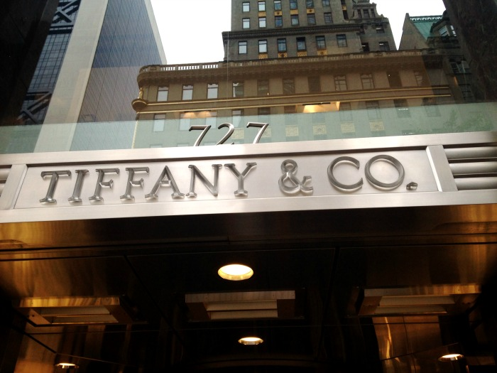 visit tiffanys on a girlfriend getaway to new york