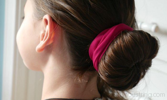 School Hairstyle - Goody Bun Maker