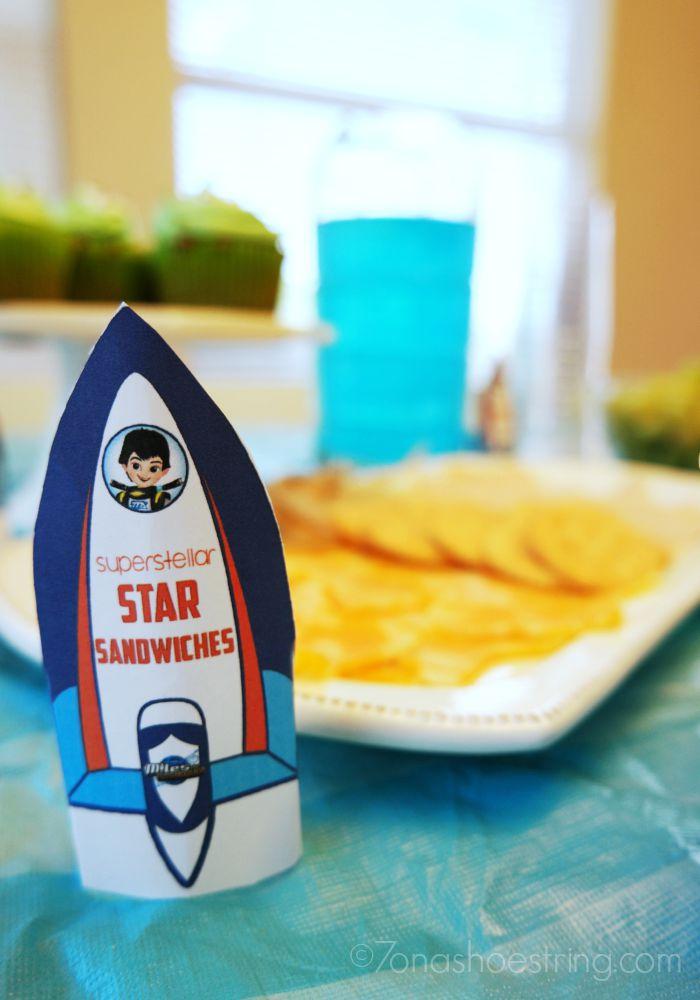 Miles from Tomorrowland superstellar star sandwiches