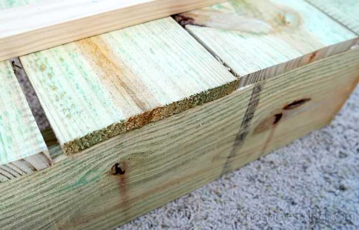 attach box to pumpkin stand project