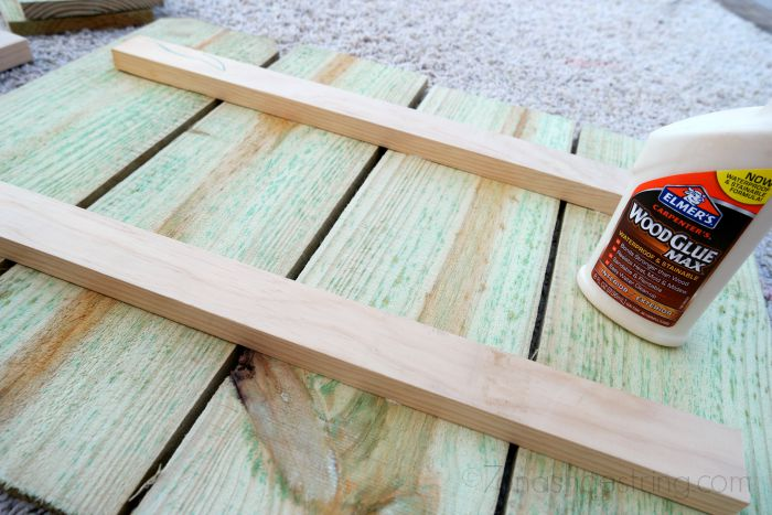 carpenters wood glue for DIY wood projects