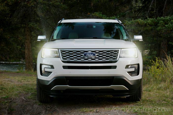 2016 Ford Explorer Platinum LED headlamps