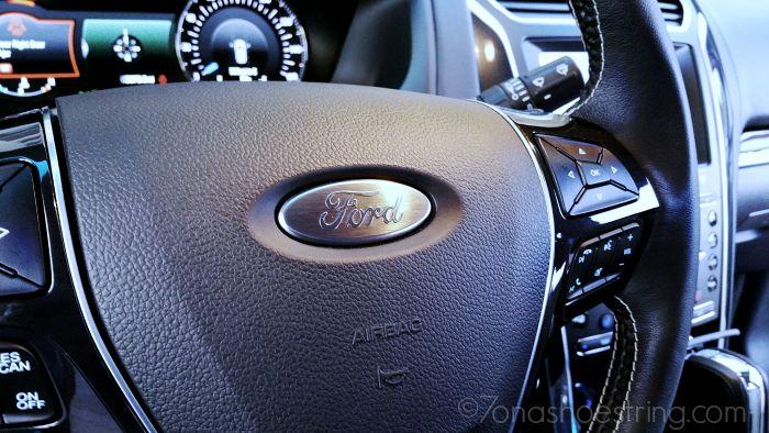 2016 Ford Explorer Platinum brushed aluminum oval