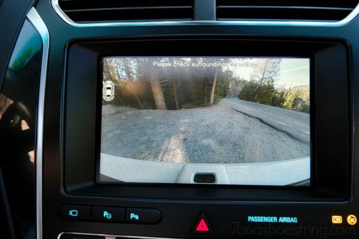 2016 Ford Explorer Platinum backup camera