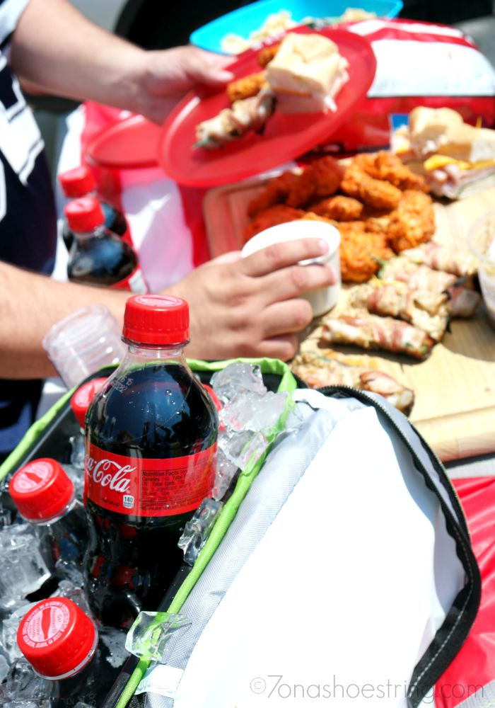 Must-Have food and drinks for the Perfect Tailgate Party