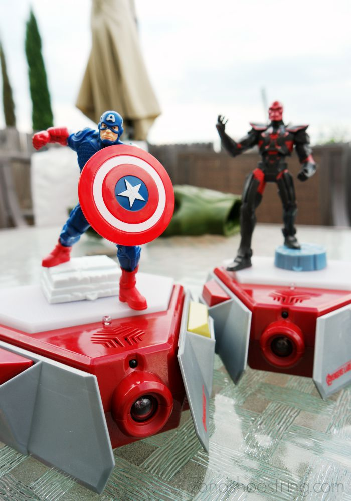 Disney's Playmation Marvel's Avengers Starter Pack
