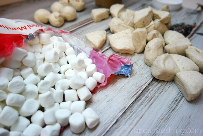 Marshmallow-Smores-Monkey-Bread