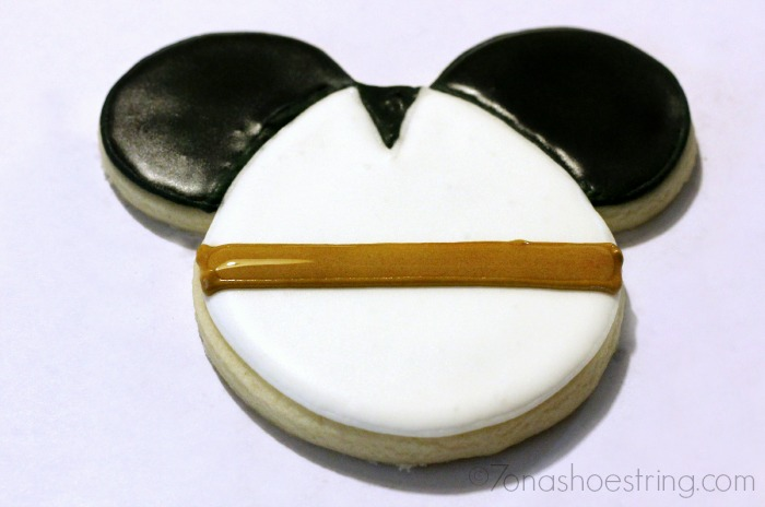 Star Wars Mickey Anakin cookie directions