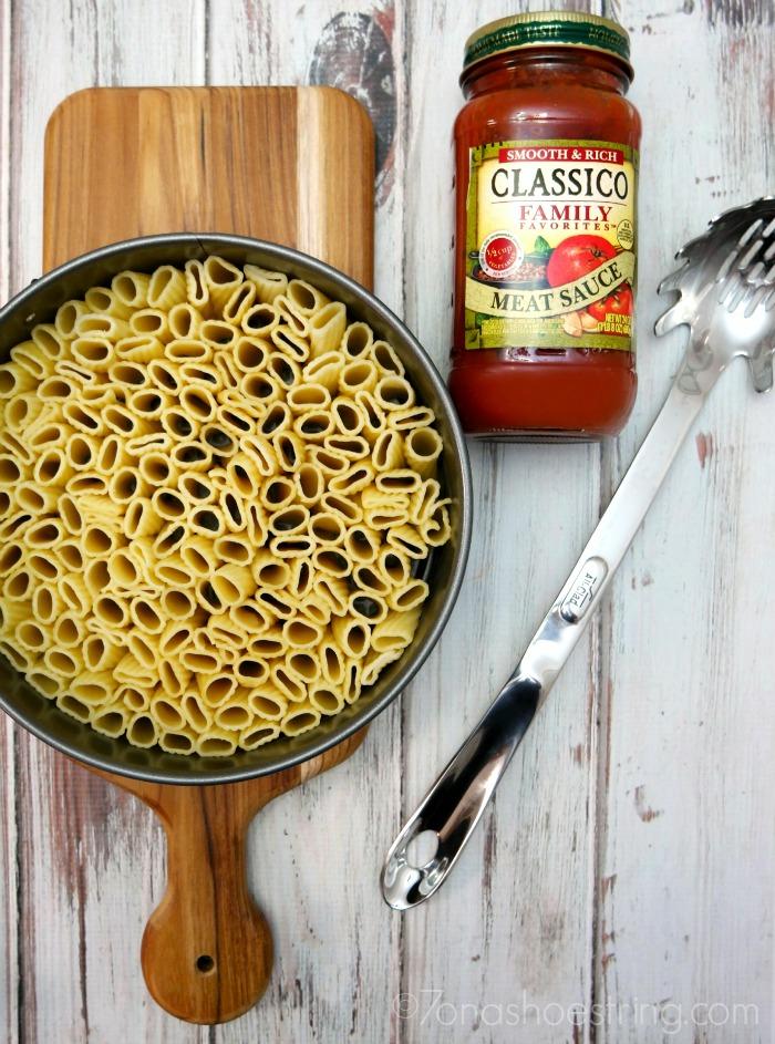 creating-Baked-Rigatoni-Pasta-Pie