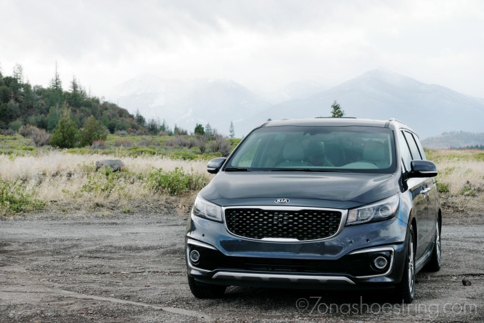 2016-Kia-Sedona-for-family-trips