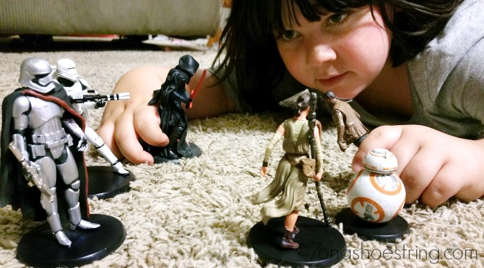 Joeli and her Star Wars toys