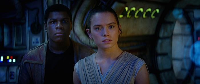 Finn (John Boyega) and Rey (Daisy Ridley)