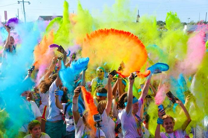 Register Today for The Color Run Tropicolor in Dallas