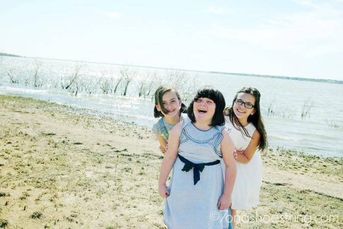 sisterly-love-OshKoshKids-2016