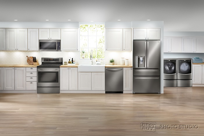 Best Buy LG Classic Kitchen