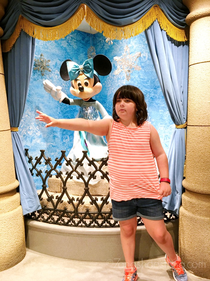 Let it Go with Minnie Mouse