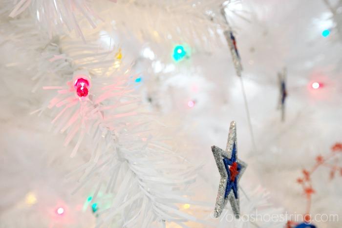 Tree-Classics-pre-lit-Christmas-tree