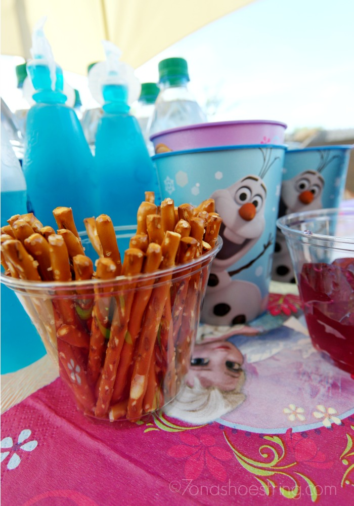 Olaf-arms-pretzel-sticks