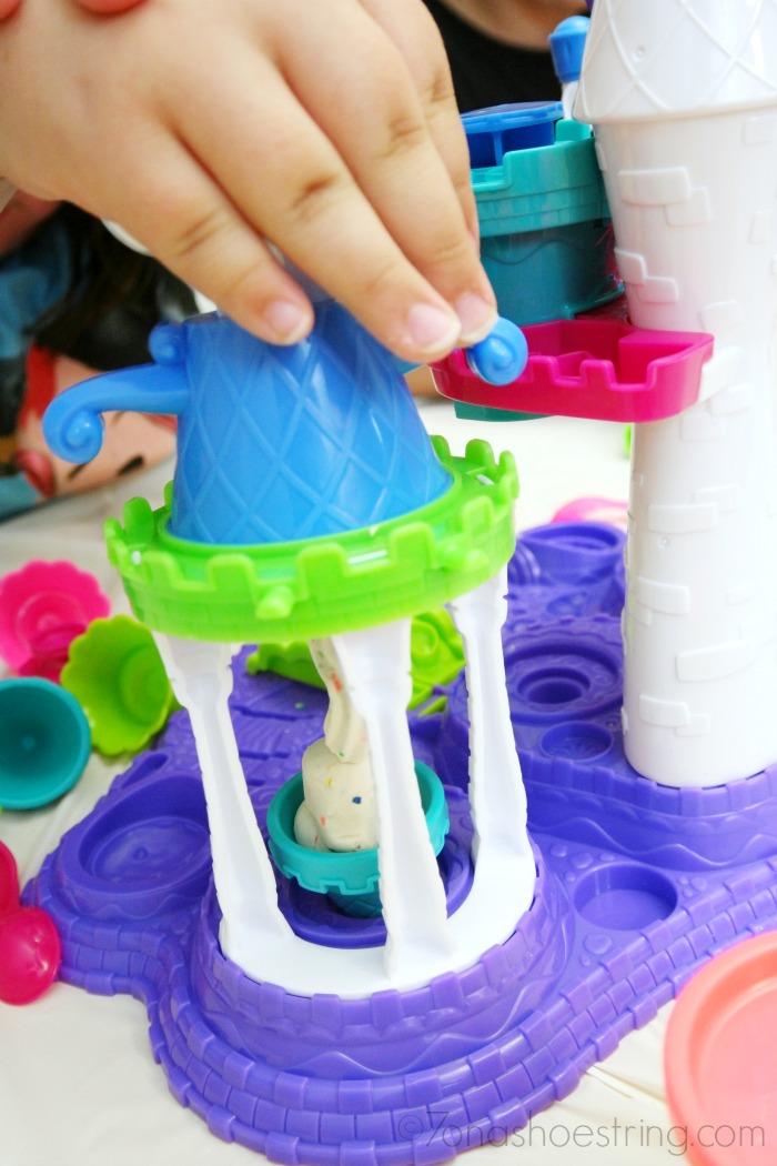 Play-Doh-Ice-Cream-Castle-Playset