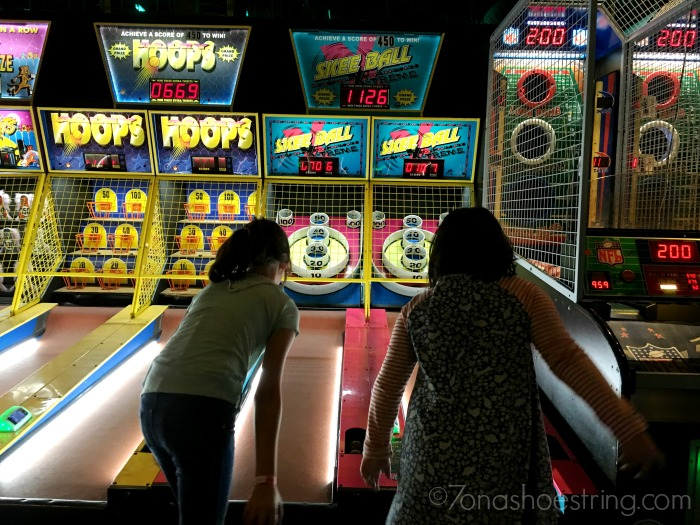 arcade-fun-at-main-event