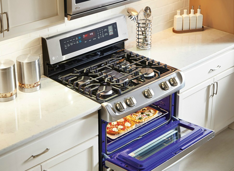 Let LG ProBake Convection Technology Improve Your Baking