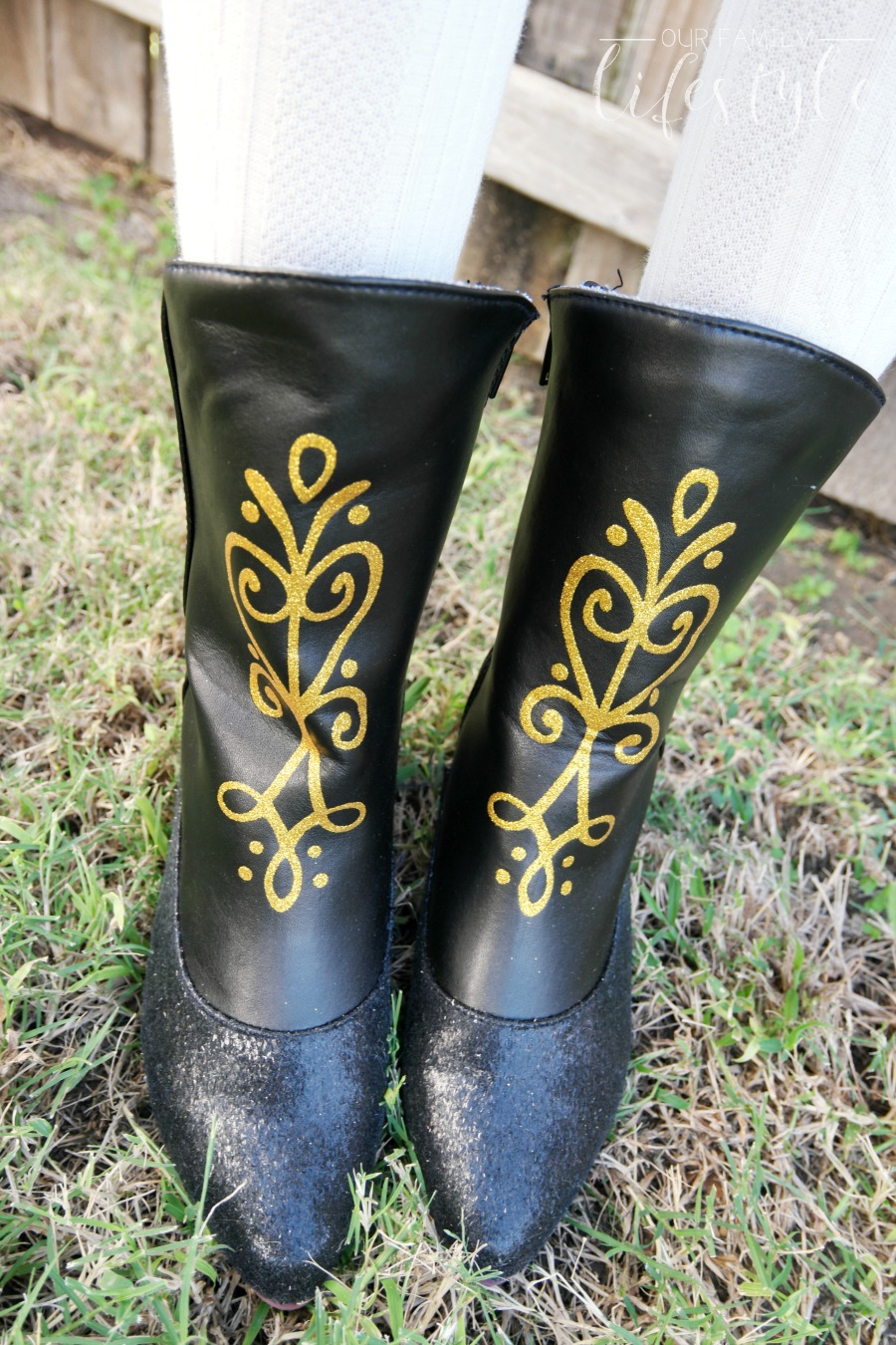 Princess Anna costume boots