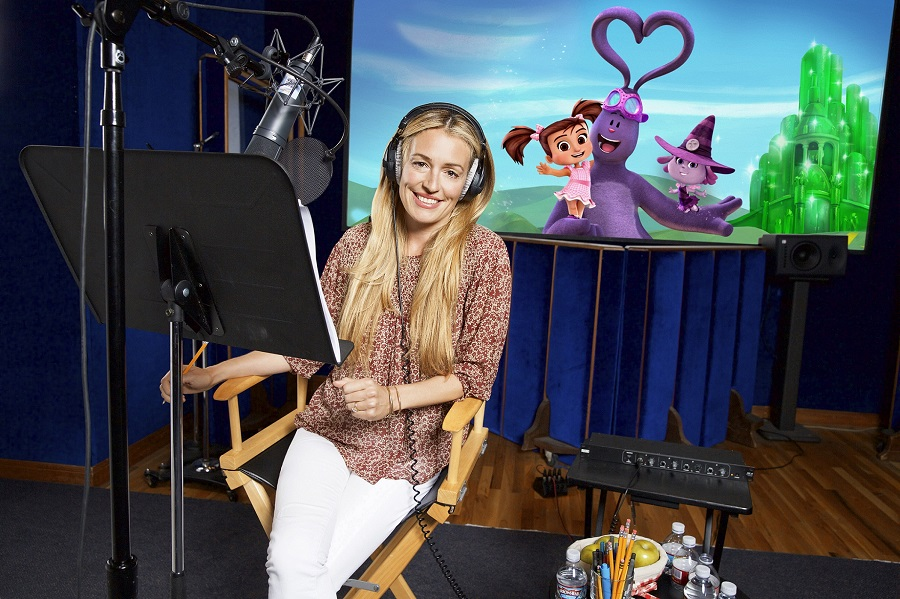 Cat Deeley - Kate in Oz