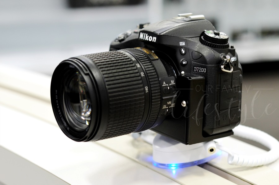 Nikon camera display Best Buy