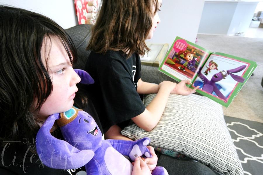 Christmas story with Kate and Mim-Mim
