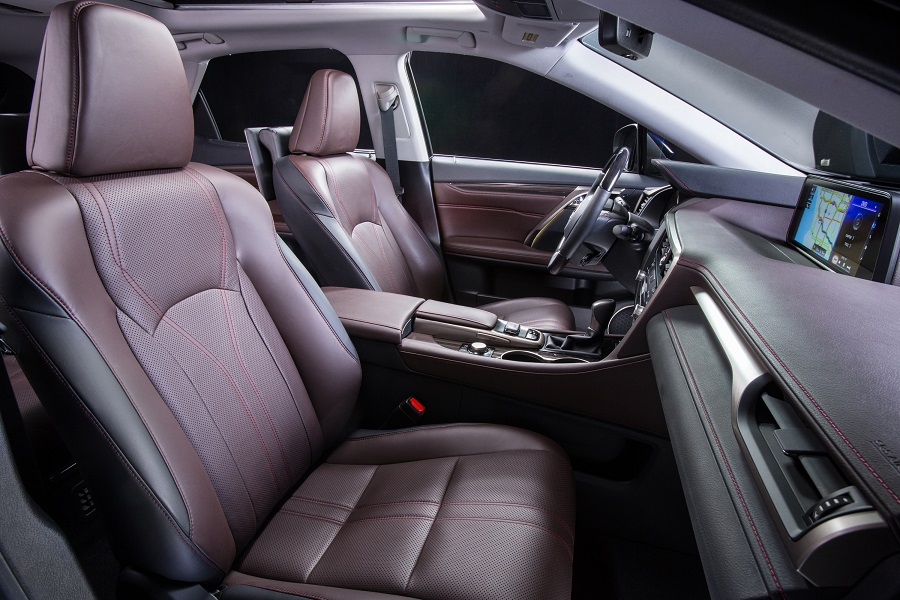 2017 Lexus RX 450h luxurious comfort
