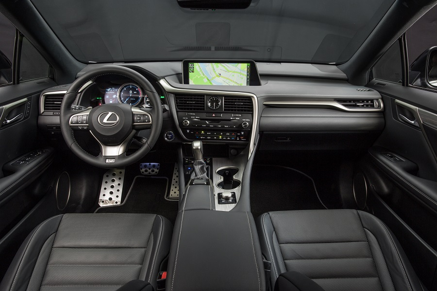 2017_Lexus_RX_connected technology