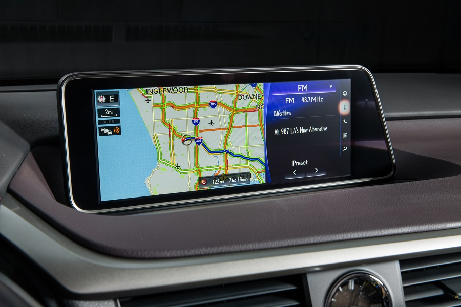 2017_Lexus_RX_panoramic_view_monitor
